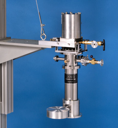 Vibration-isolated CCS-204-XG-M with mounting stand