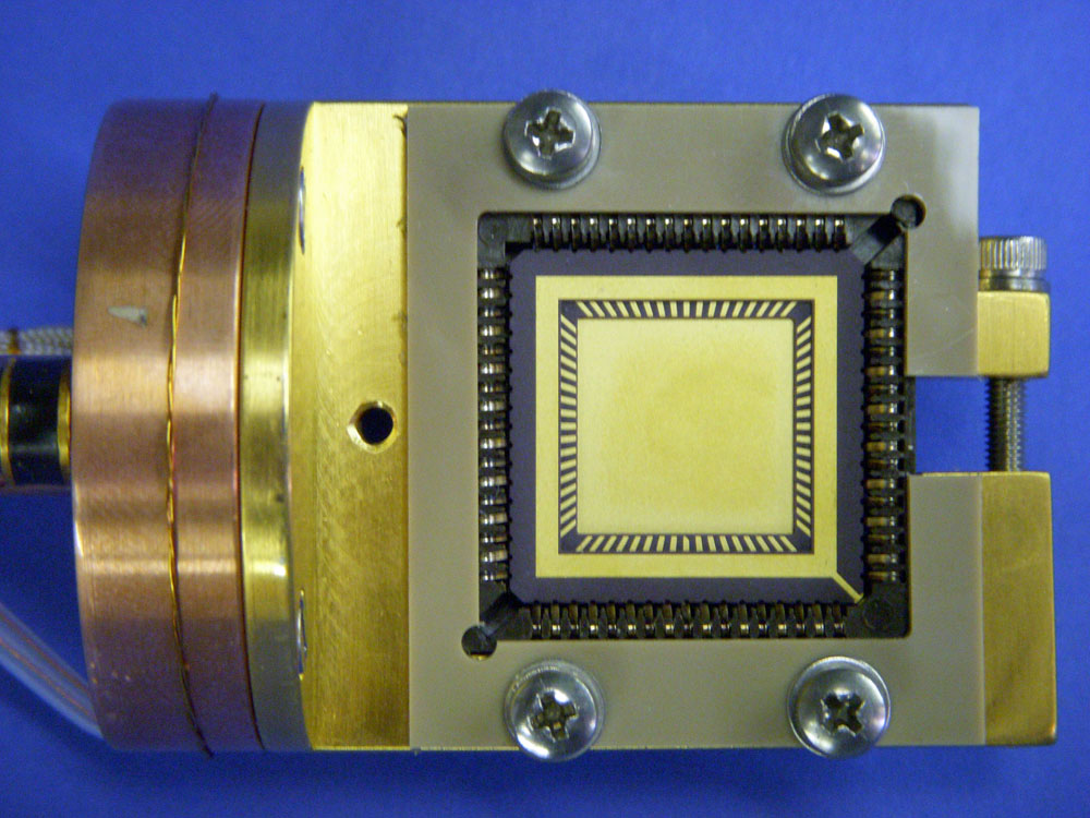 LCC Socket Sample Holder 68-pin