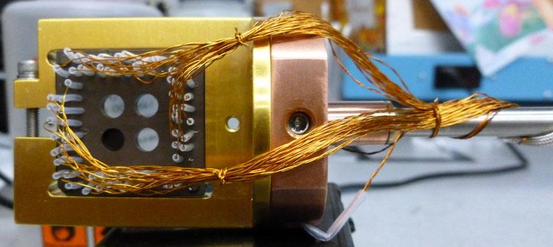 Leadless Chip Carrier Sample Holder Chip Not Installed
