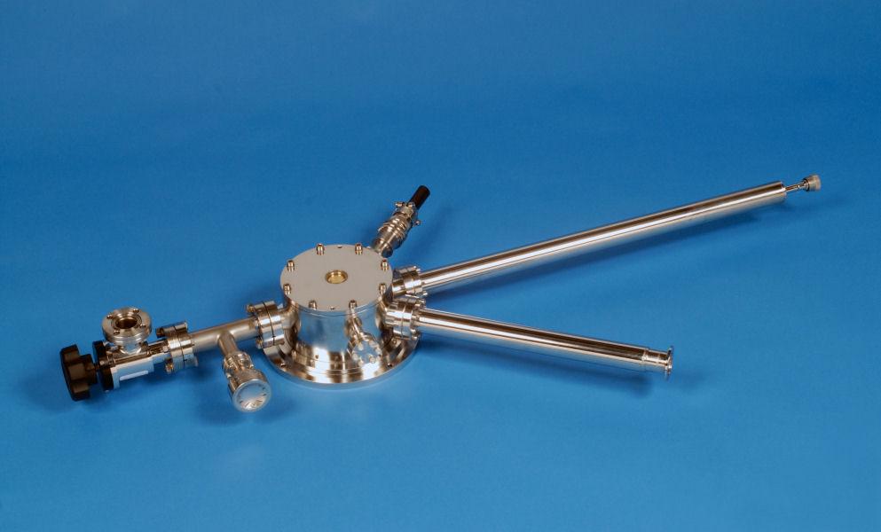 ST-500-UHV Ultra High Vacuum microscopy cryostat